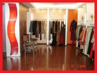 Электромонтажные работы в магазине женской одежды